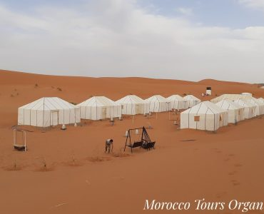 Fes desert tours luxury camp.